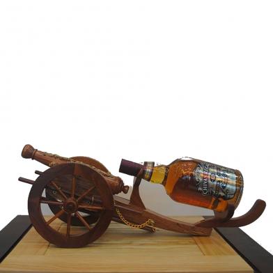 Kệ trang trí rượu bằng gỗ